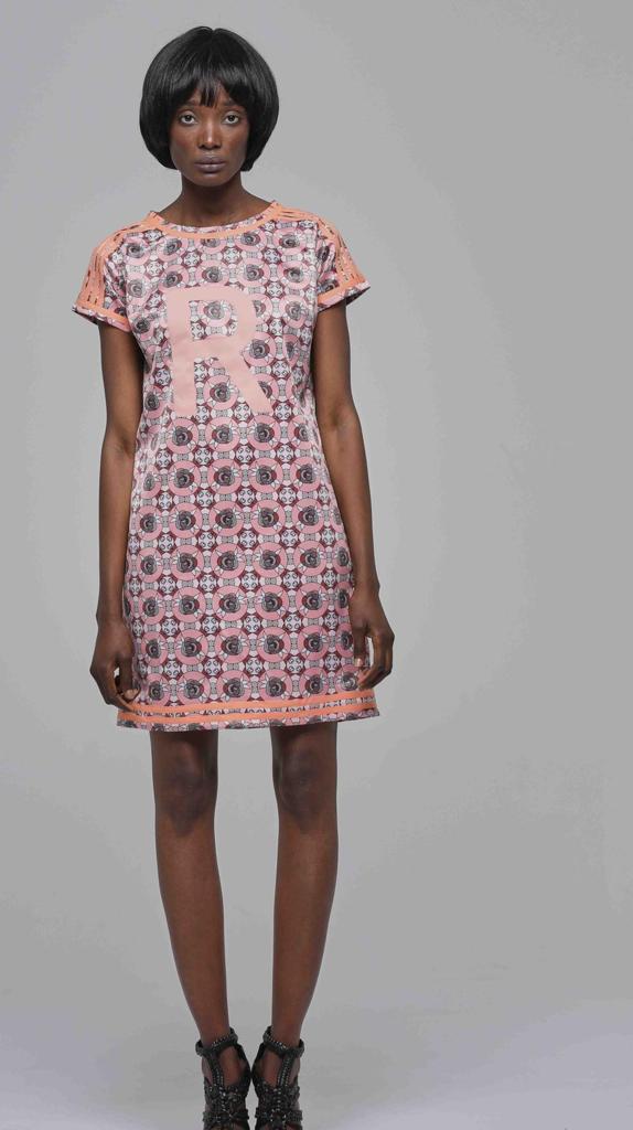 T DRESS Estampa INDIA L Rose Palhares